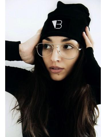 Czarna czapka smerf